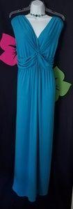 Dresses & Skirts - ⚘MAXI DRESS